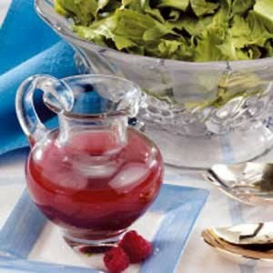 Berry vinaigrette dressing
